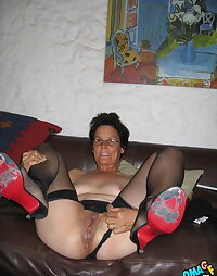 Hot Moms Pics